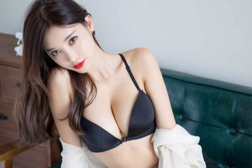 pretty-asian-brunette-girl-with-red-lipstick