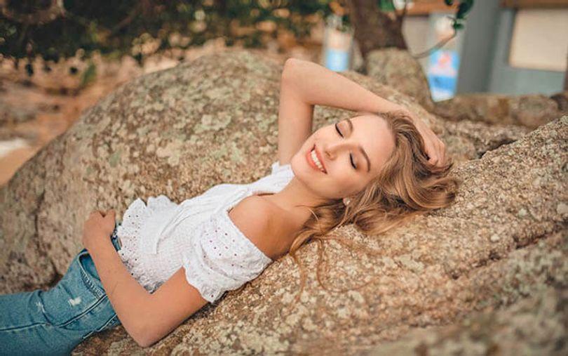 slavic-pretty-smiling-lady
